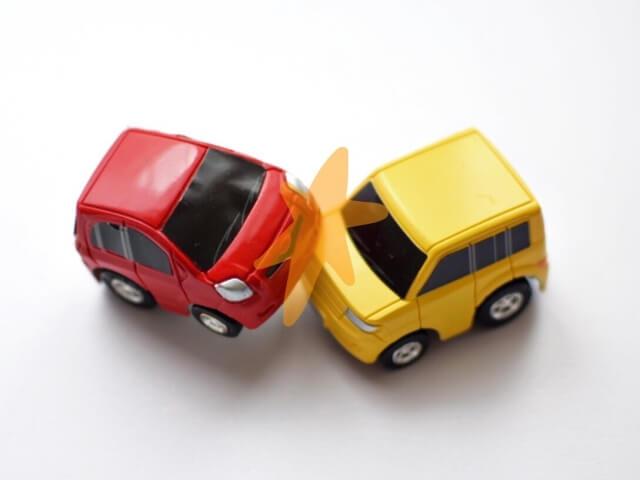 車出会い頭事故